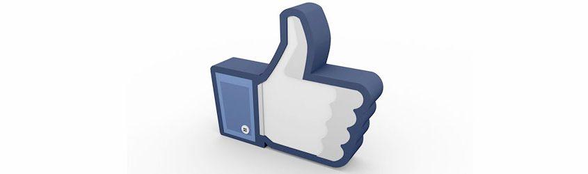 Like di Facebook in 3D su sfondo bianco