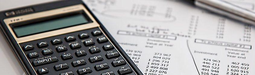 Foglio di calcolo tasse con calcolatrice